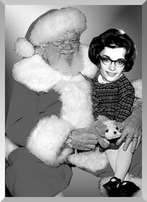 Aunt-betsy-santa-FINAL